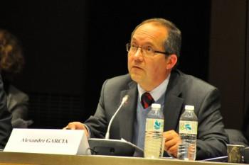 Alexandre Garcia, professeur d'acoustique au CNAM