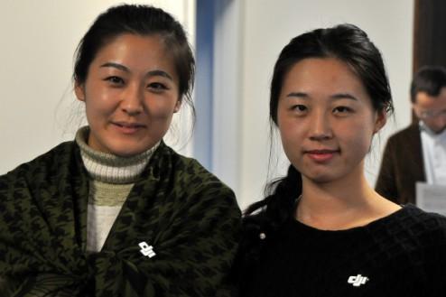 Les représentantes de DJI, à gauche Jessica Tian.