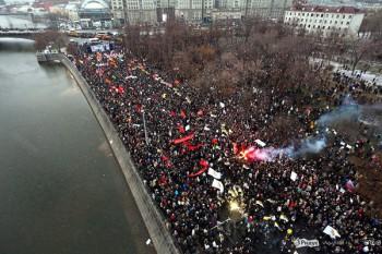 Manifestations à Moscou filmées depuis un drone.