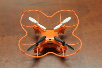 nano-drone-02