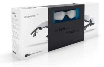 Carl Zeiss Cinemizer OLED retail package - open